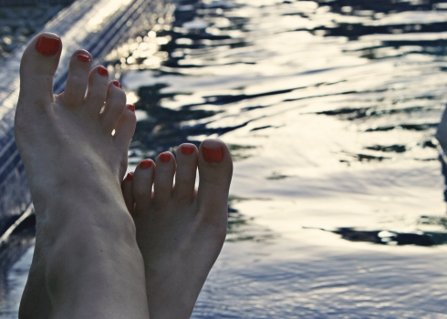 feet at pool